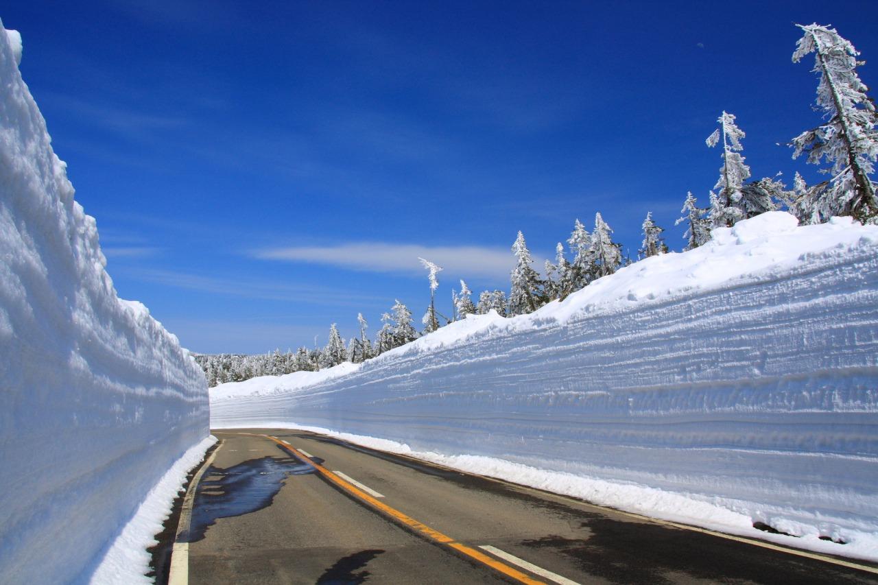 กำแพงหิมะ แอสไปต์ไลน์