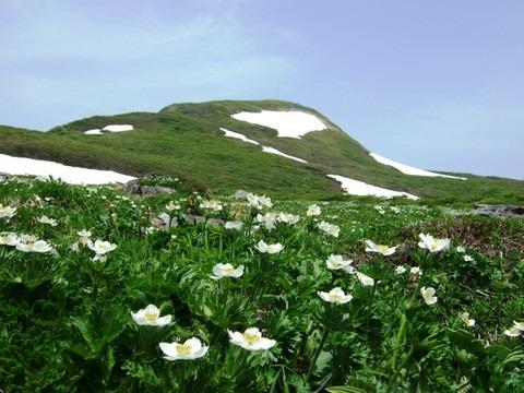 Yakeishi mountain range