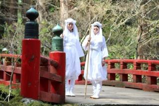 Walk Hagurosan (Mt. Haguro) and Yudonosan (Mt. Yudono) in shiroshouzoku (a white robe)