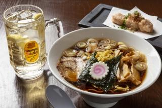 Koriyama black soy sauce ramen and whiskey soda set